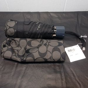 NWT COACH Signature Mini Umbrella in Black/smoke